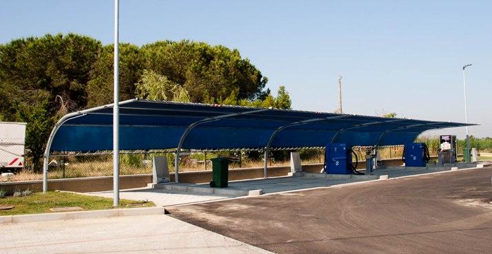 Le tettoie per autolavaggi e lavaggi auto