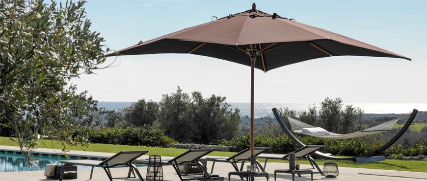 Proteggersi dal sole con tende da sole, ombrelloni e gazebi